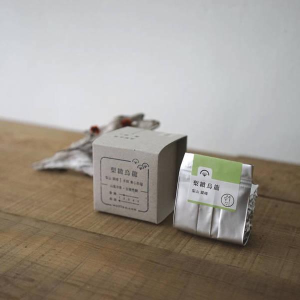 【 梨緻烏龍 】散茶外盒與內容物