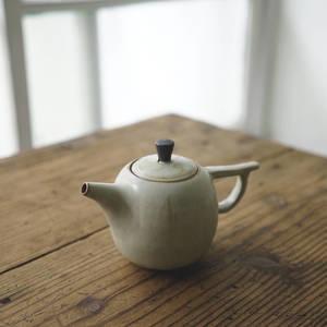 【 作家茶器|方煜程 】茶壺 – 灰羽