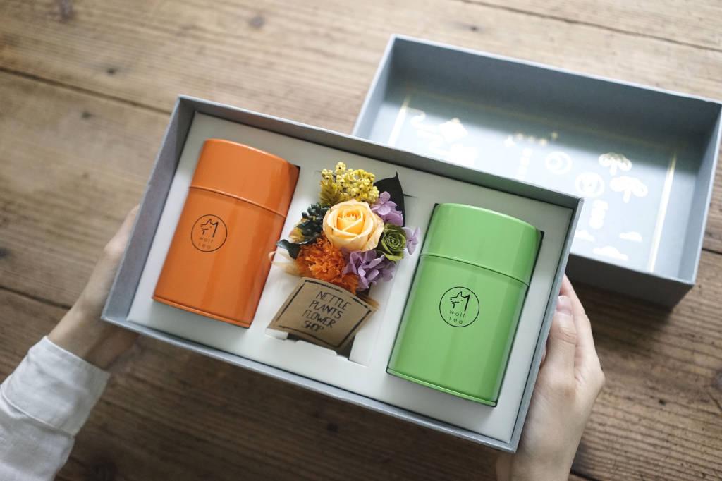 【 母親節禮盒 】清甜雙茶襟花 | 永生花