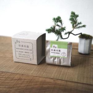 【 杉森烏龍 】散茶外盒與內容物