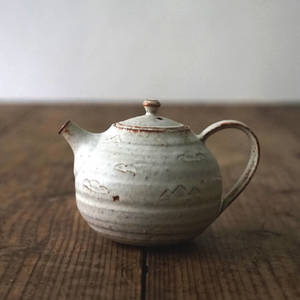 【 琅茶限定 x 山下真由美 】 茶壺 – 銹雪 / 梗蓋 (小)