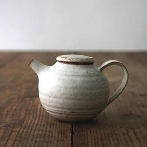【 琅茶限定 x 山下真由美 】 茶壺 – 銹雪 / 平蓋 (小)