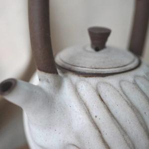 【 作家茶器|方煜程 】 彎把壺 — 漩滔